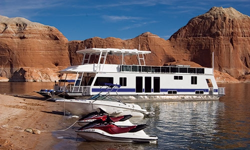Houseboat  and jetskis