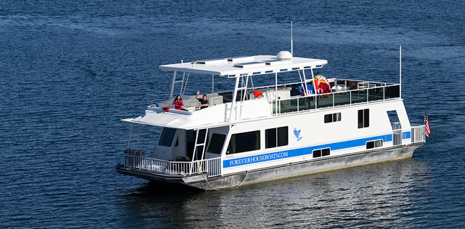 Select your houseboat at Trinity Lake