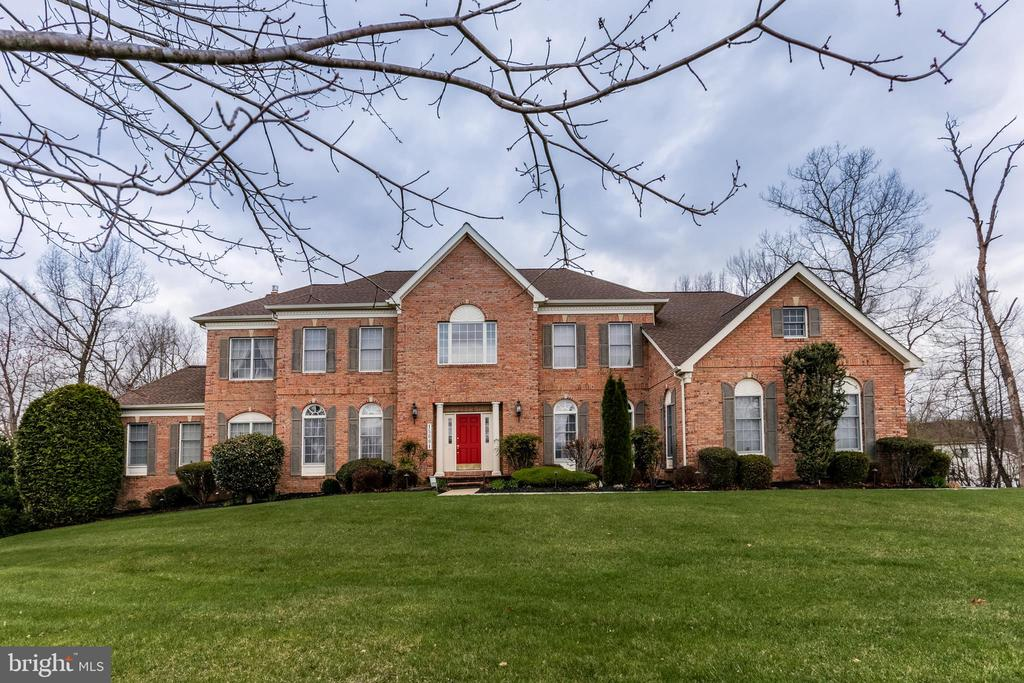 15001 HIGH FOREST CT