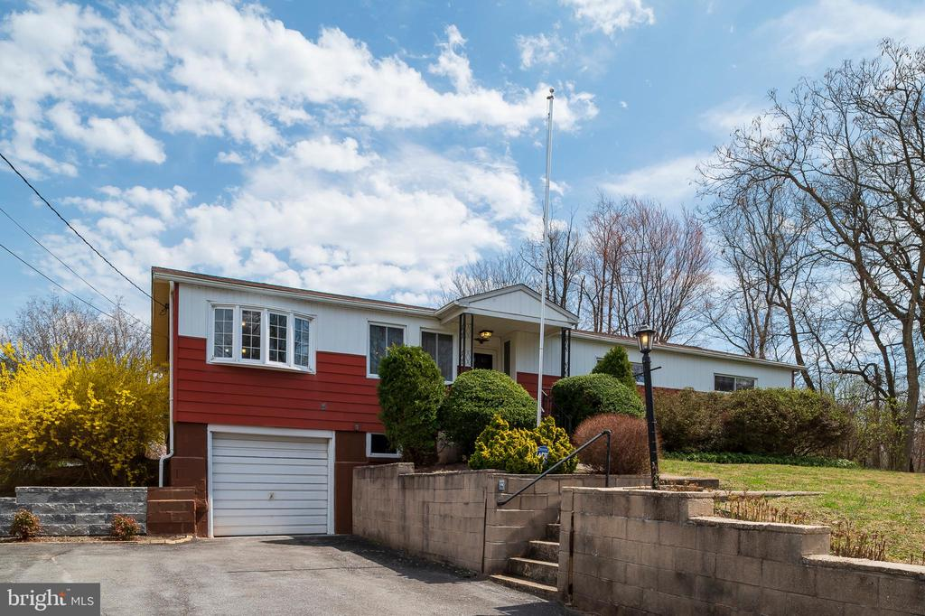 3949 LINTHICUM RD
