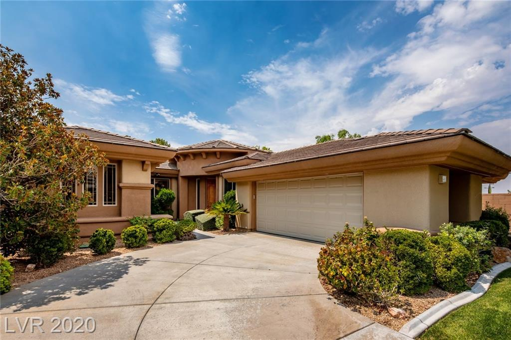 46 Feather Sound DR