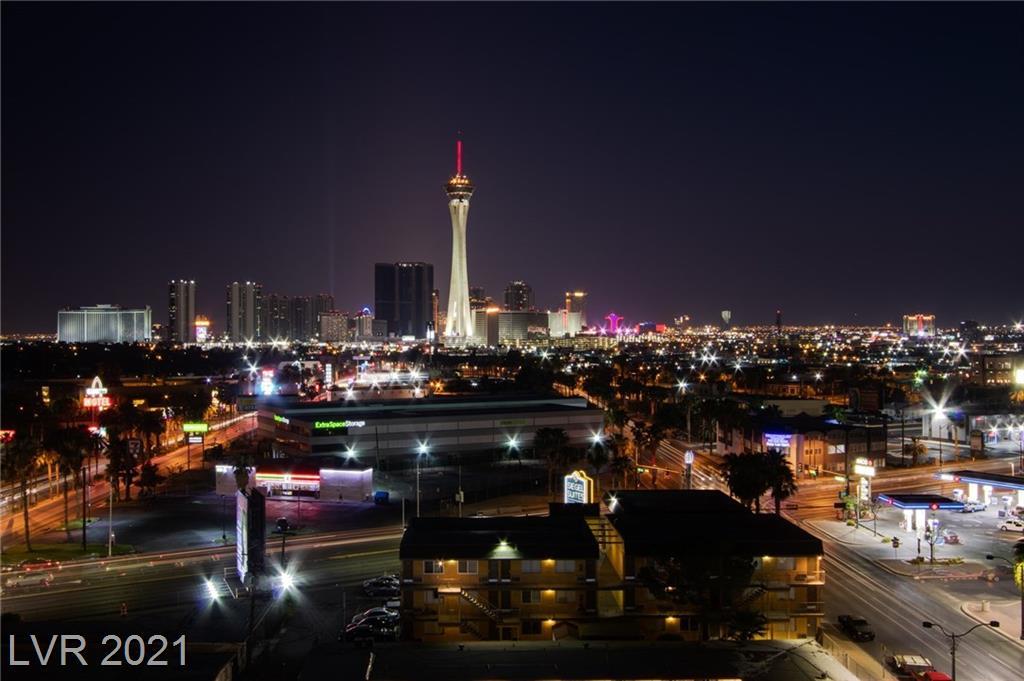 900 Las Vegas BLVD