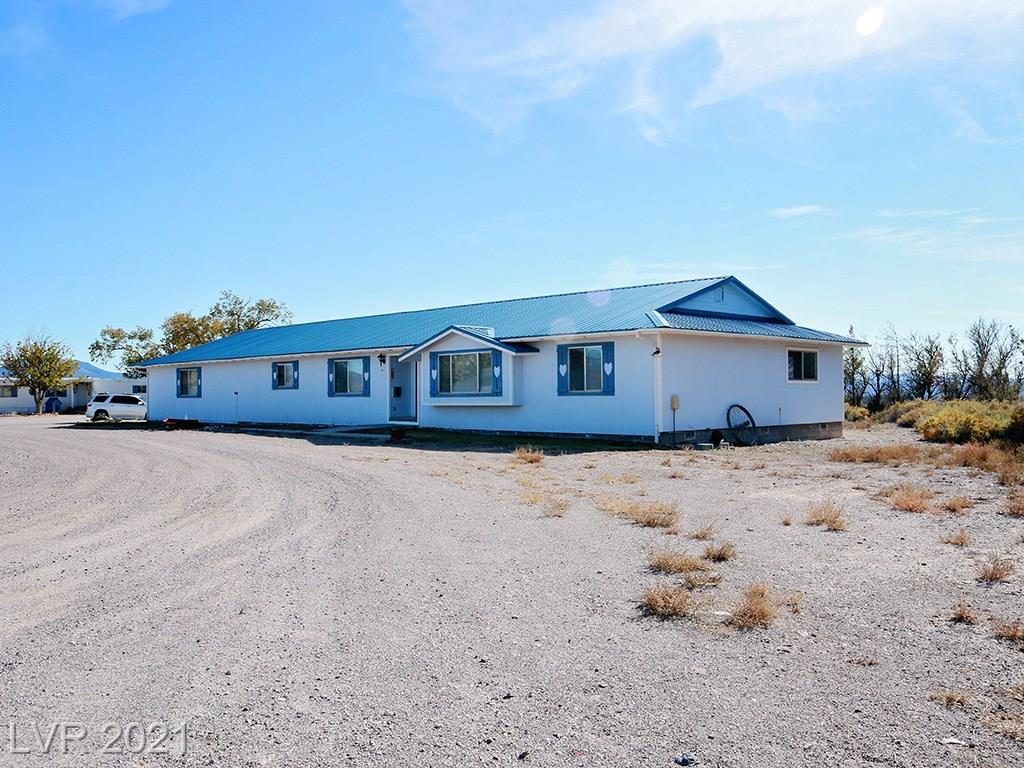 2315 S US 93