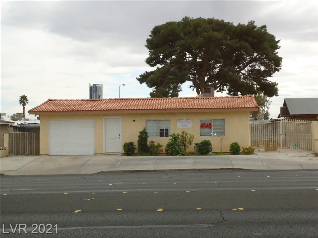 4545 Desert Inn RD