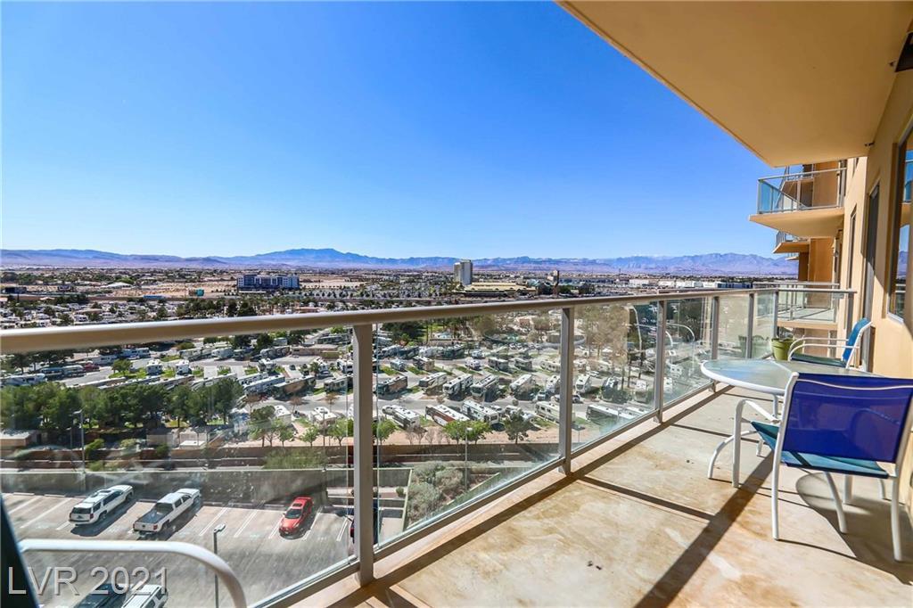 8255 Las Vegas BLVD