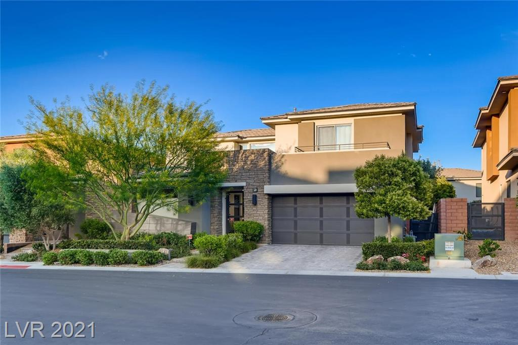 50 Grey Feather DR