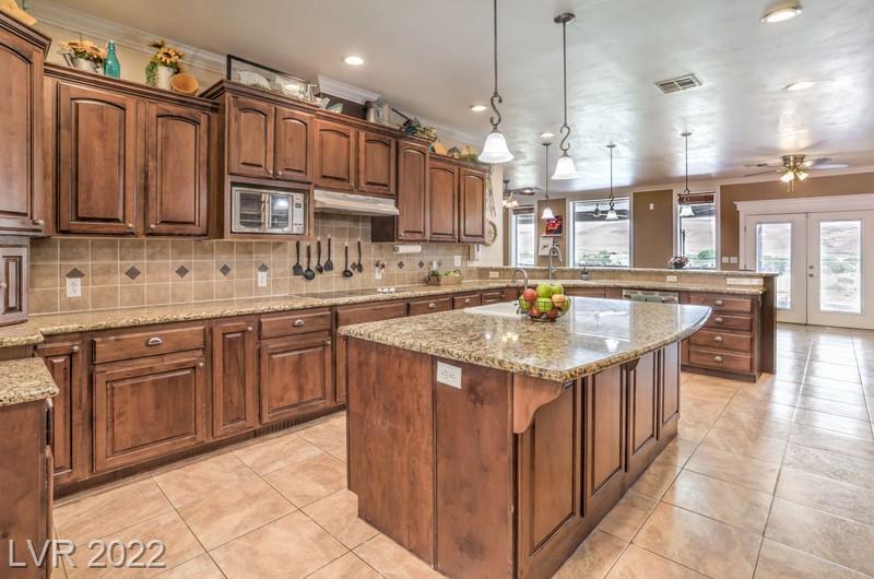 943 Higbee Ranch LN