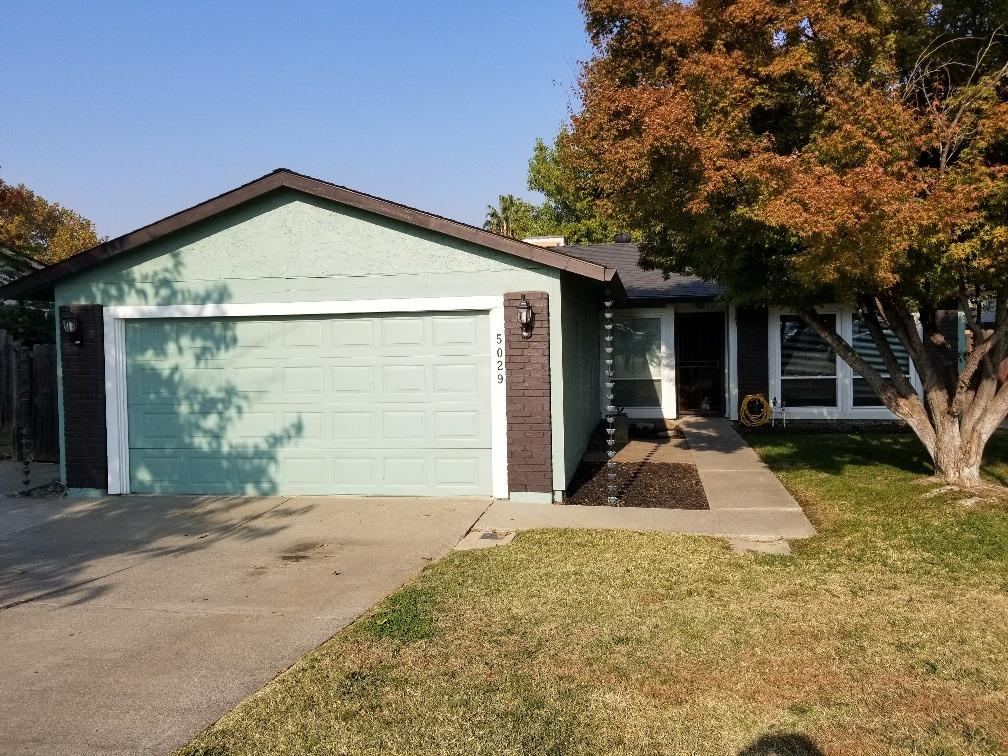 5029 Camille CT