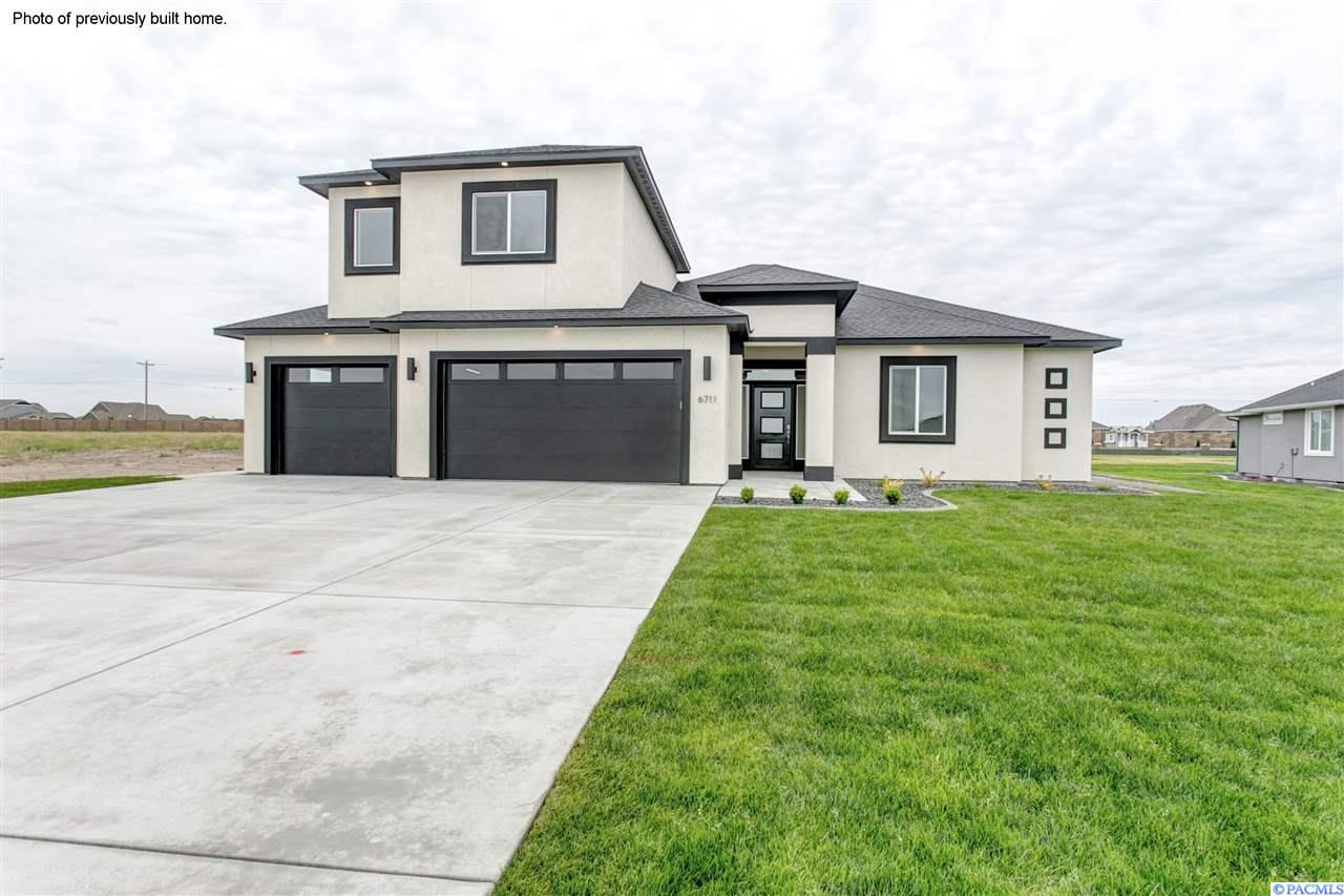 1094 Chinook Dr