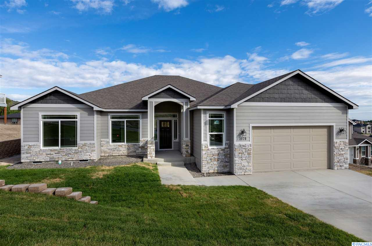 1079 Chinook Dr.
