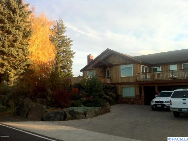 2410 Naches Heights Rd