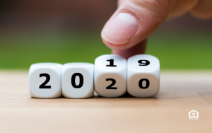 Fingers changing numbers 2019 to 2020.