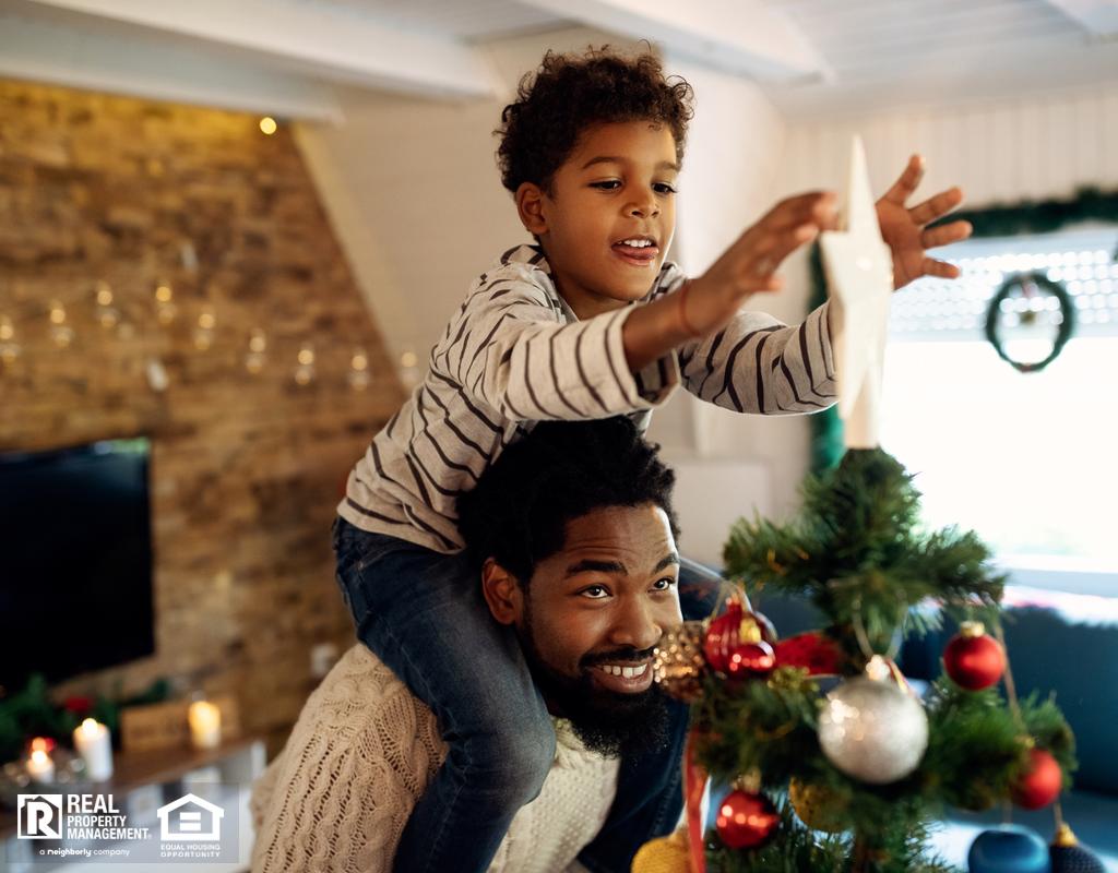 Benton City Family Decorating Their Christmas Tree
