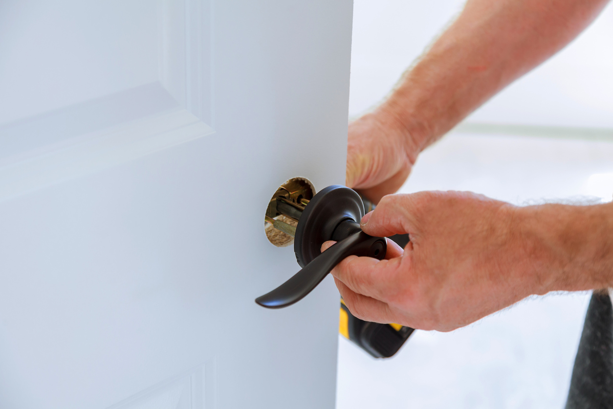 Muskegon Property Manager Changing Locks Between Residents