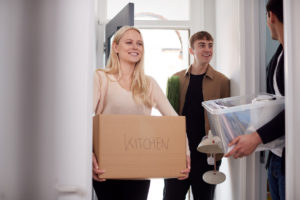 Brooklyn Roommates Moving Into Home