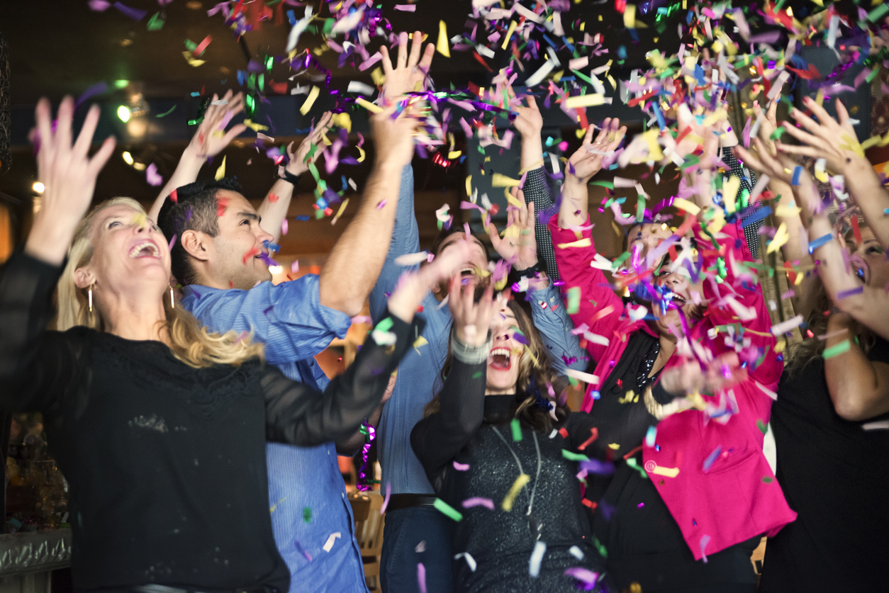 Saratoga Springs Tenant's Hosting a New Year's Eve Party