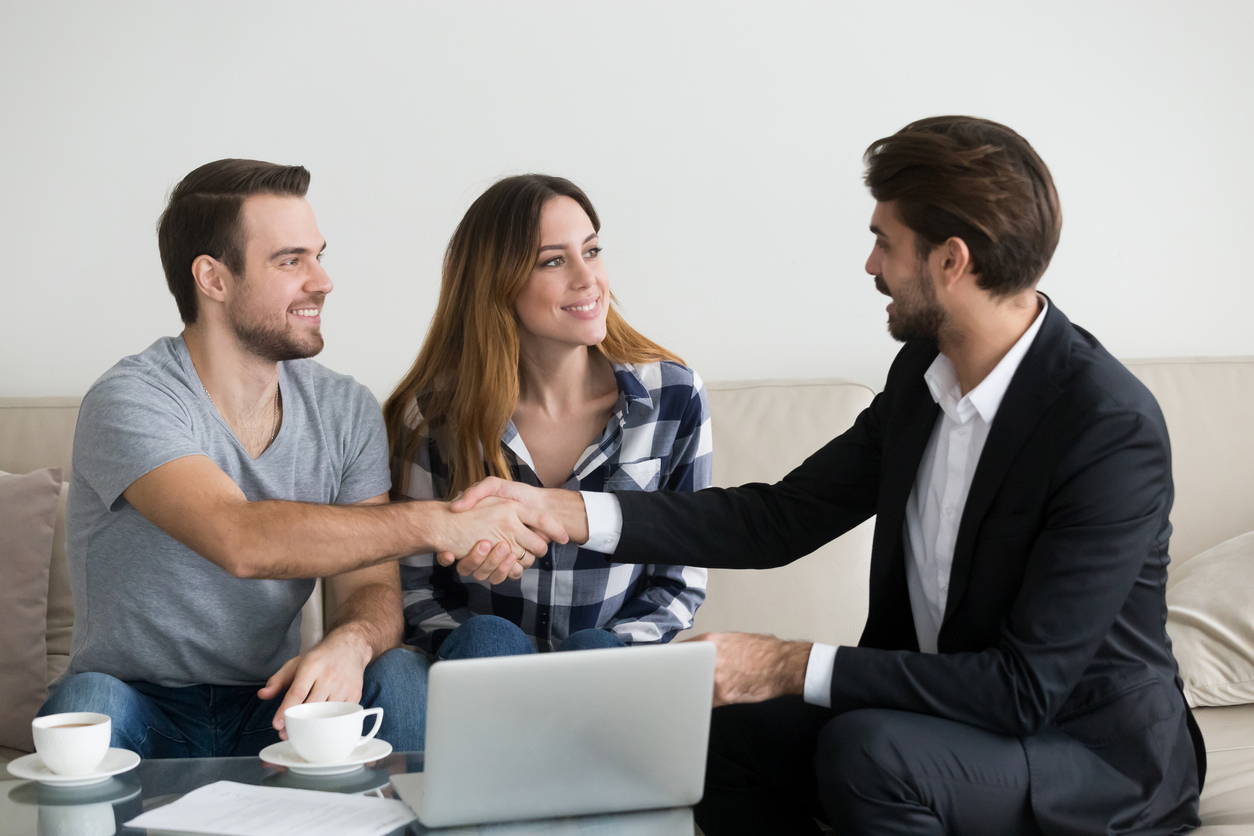 Saratoga Springs Renters Shaking Hands with a Property Manager