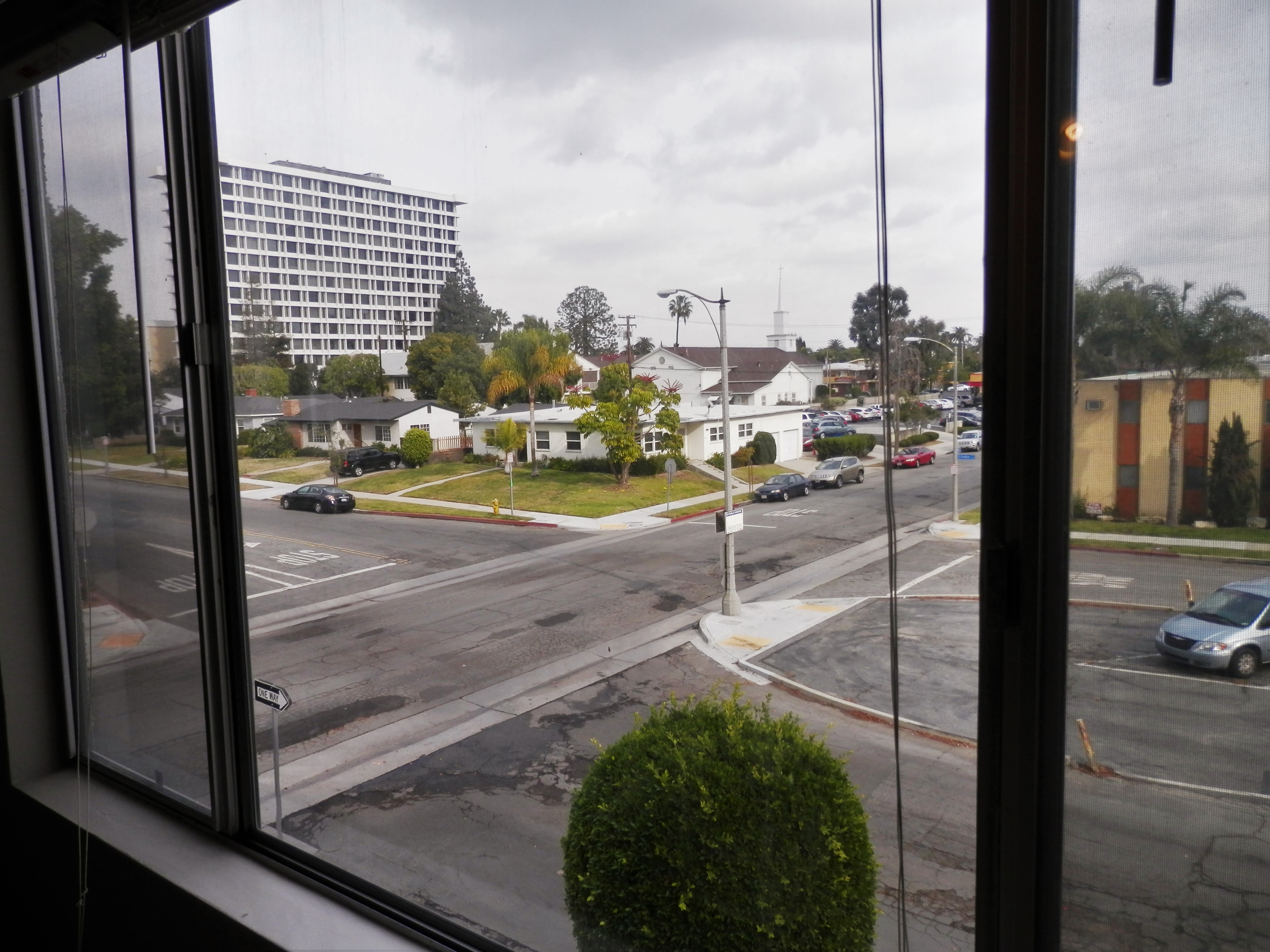 A 2 bedroom 2 bathroom uptown carlton unit only at bixby - One bedroom apartments in bixby knolls ...