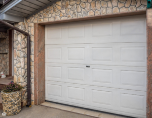 View of the Garage Door on a Winter Garden Rental Property