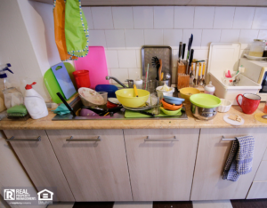Naperville Messy Kitchen