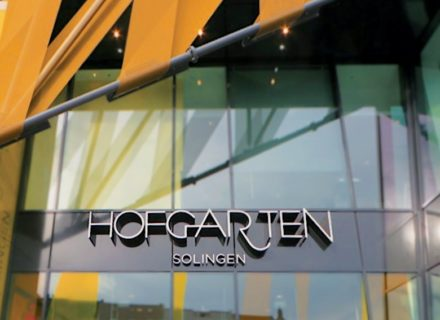RSM Design Environmental Experiential Architectural Graphic Design Project Portfolio Hofgarten Solingen Germany Retail And Entertainment Building Exterior Identity Specialty Graphics Entry Modern Architecture