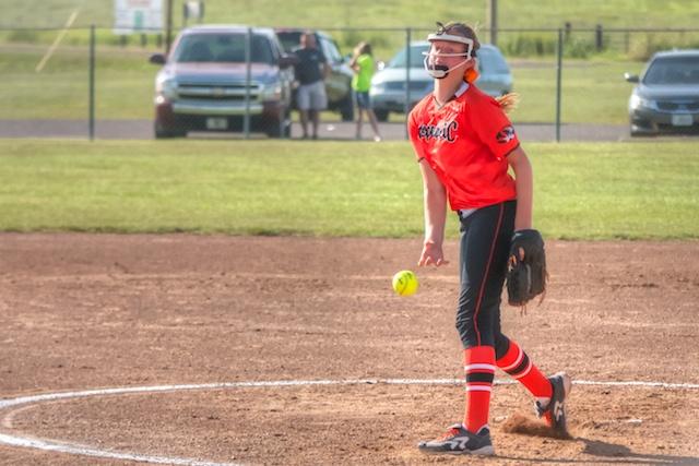 Photos: Varsity Softball vs Monett – Republic Tiger Sports