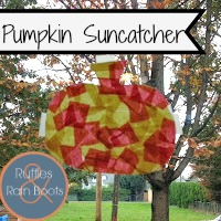 Fall Suncatcher: Fun in the Fall
