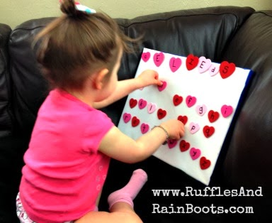 This is an awesome craft we're making at RufflesAndRainBoots.com,