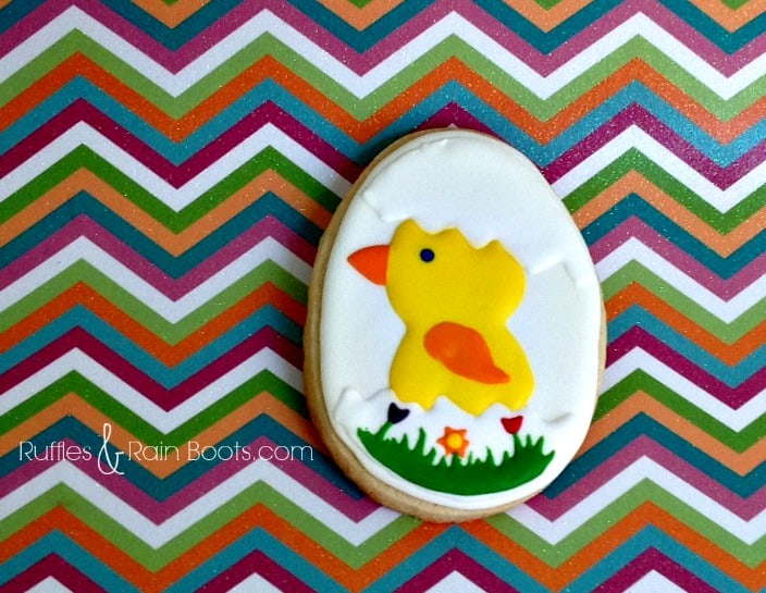 From Ruffles and Rain Boots: decorated Easter sugar cookies, ideas for Easter decorated cookies, Earth Day sugar cookies, decorated Earth Day cookies