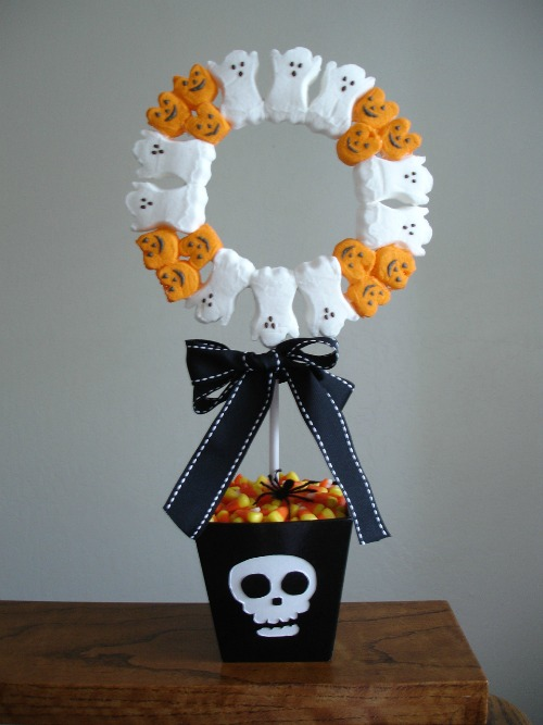 Peeps Topiary Candy Craft Wreath _The Checkered Apple1