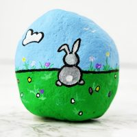 Rock Painting Bunny Rabbit – A Simple Shape Tutorial