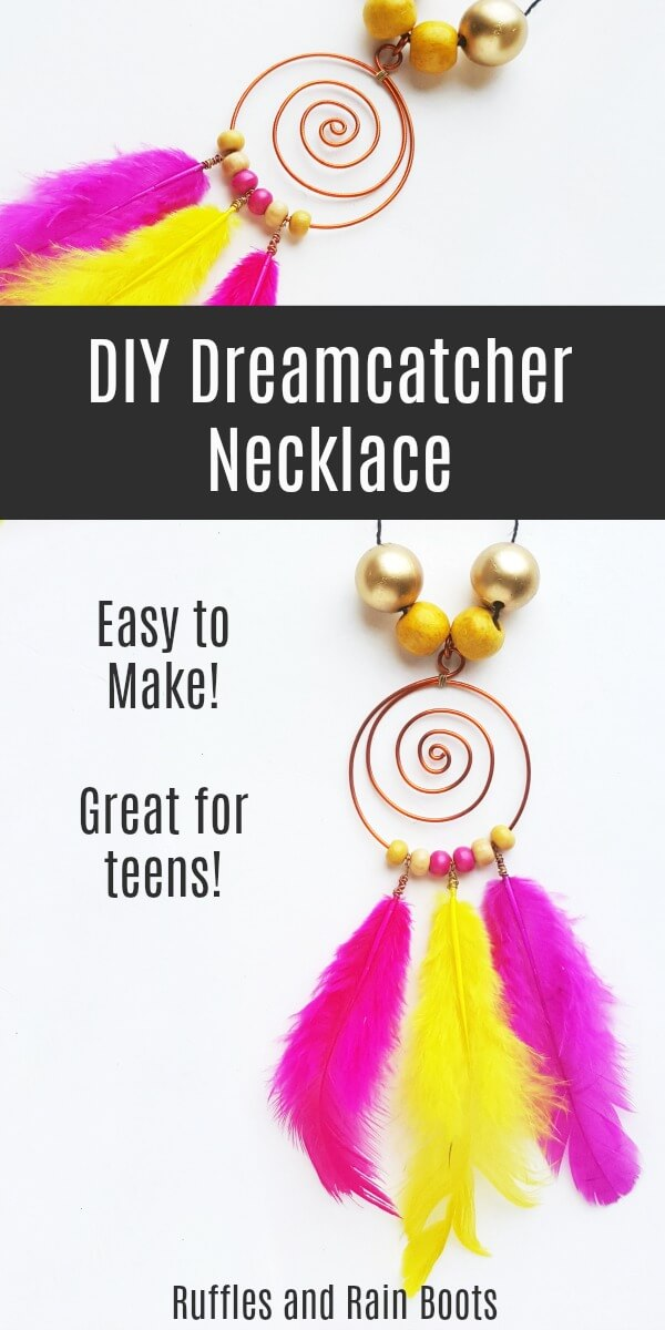 Make this fun, easy, and gorgeous DIY dreamcatcher necklace. It's quick to come together and can be customized so easily. #dreamcatcher #dreamcatchercraft #DIYdreamcatcher #craftsforteens #easyDIY #DIYjewelry #summercrafts #summerfun #rufflesandrainboots
