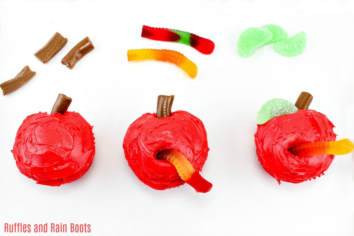 How to make an apple cupcake for Fall, Back to School, Teacher Appreciation, or Graduation