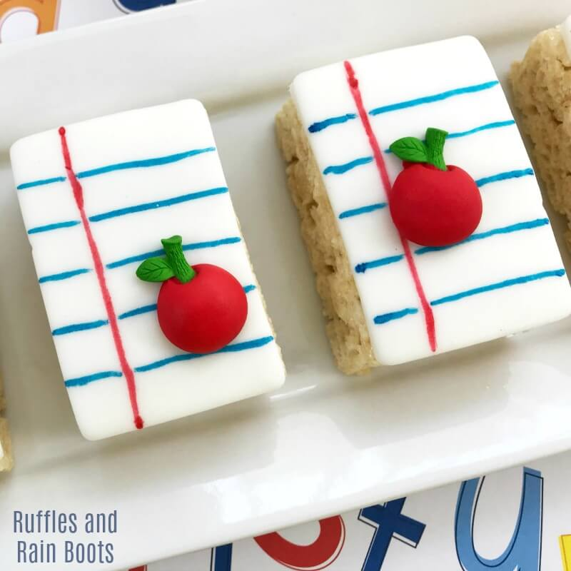 Notebook Paper Rice Krispies Treats – A School Snack That WOWs!