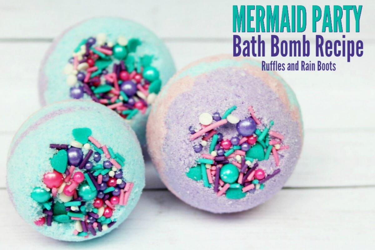 These mermaid bath bombs are gorgeous! With multiple colors and with or without sprinkles, you can make these bath bombs for yourself or as a great DIY gift idea!