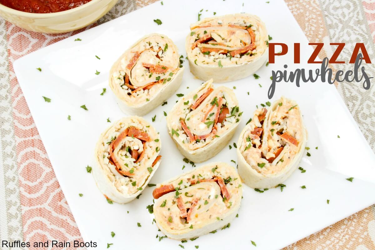 These fun pizza pinwheels will please even the pickiest of eaters. Pinwheel sandwiches