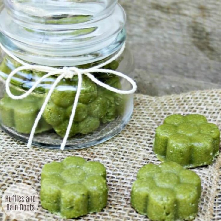 Make This Amazing Matcha Green Tea Sugar Scrub
