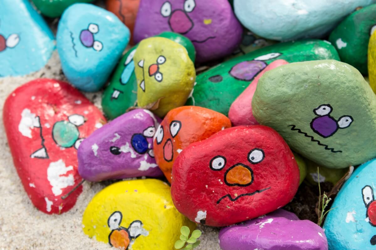 Rock Painting - Messed up sealant and other rock painting mistakes