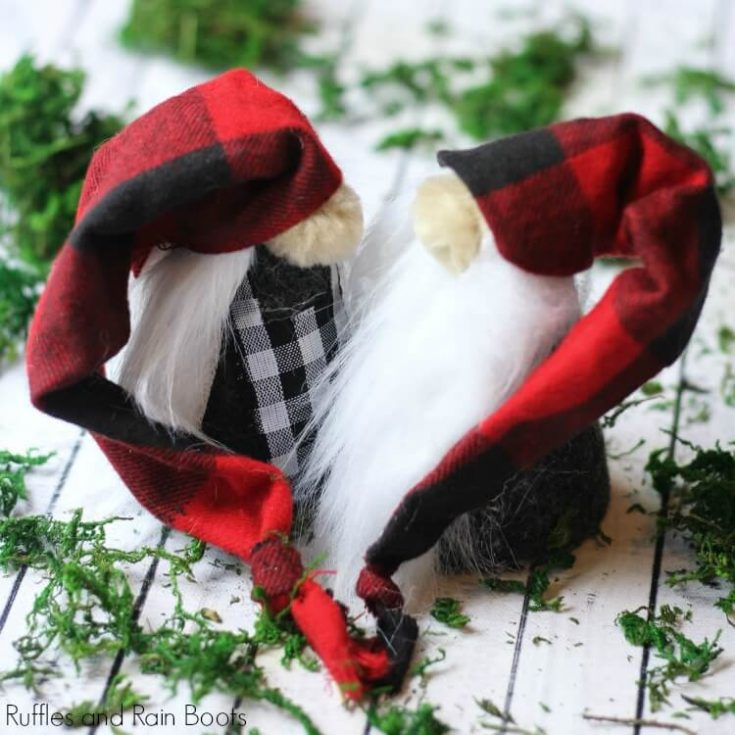 DIY Christmas Gnomes - Adorable Mr. and Mrs. Gnome