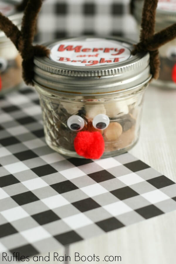 peanut butter hot cocoa mix in a Christmas reindeer mason jar
