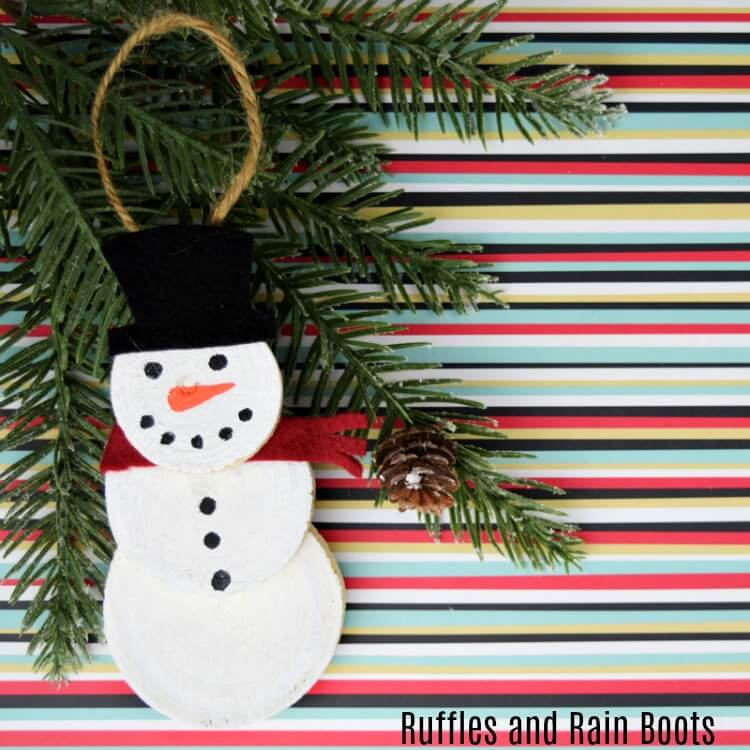 Wood Slice Snowman Ornament – A Quick Christmas Craft