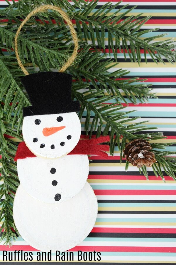Wood Slice Snowman Ornament A Quick Christmas Craft Ruffles And