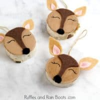 Adorable Woodland Deer Ornament – Wood Slice Craft
