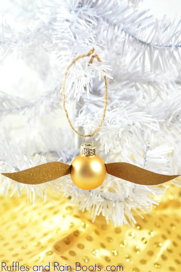 Harry Potter Craft Ideas - Make a Golden Snitch Ornament