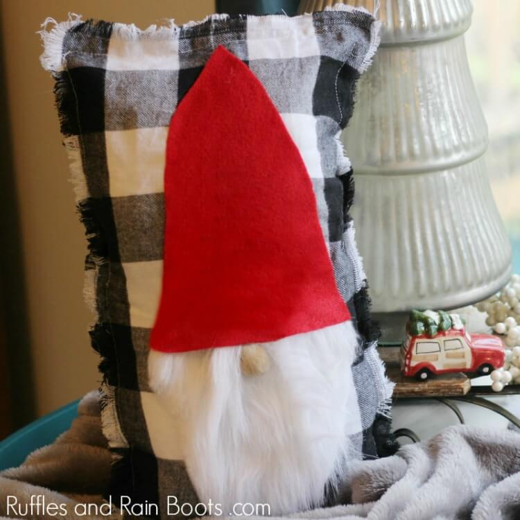 Gnome Pillow for the Holidays - Easy Christmas Decor Ideas