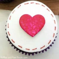 Love Letter Cupcakes for Valentine's Day