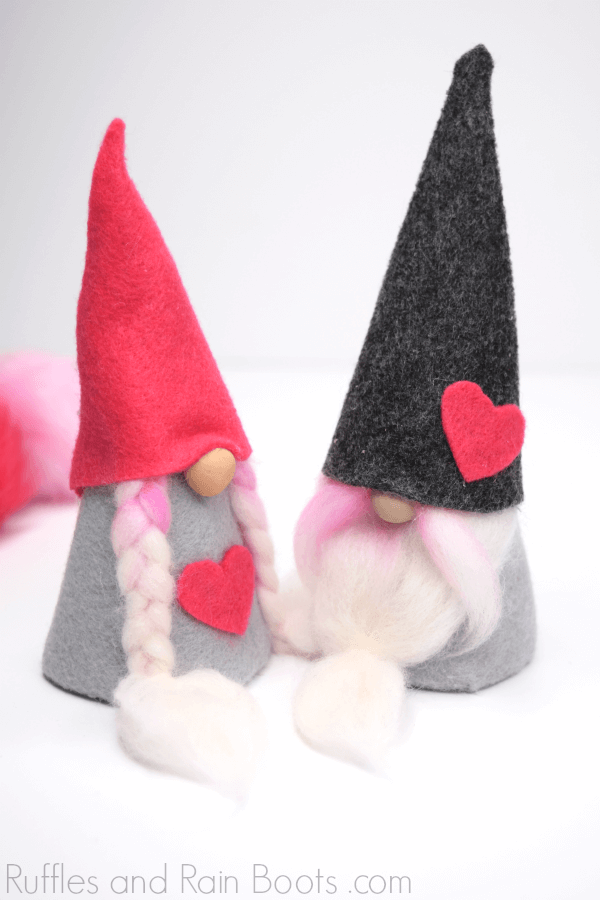 Valentine felt gnomes - couple on white background with heart gnome hat