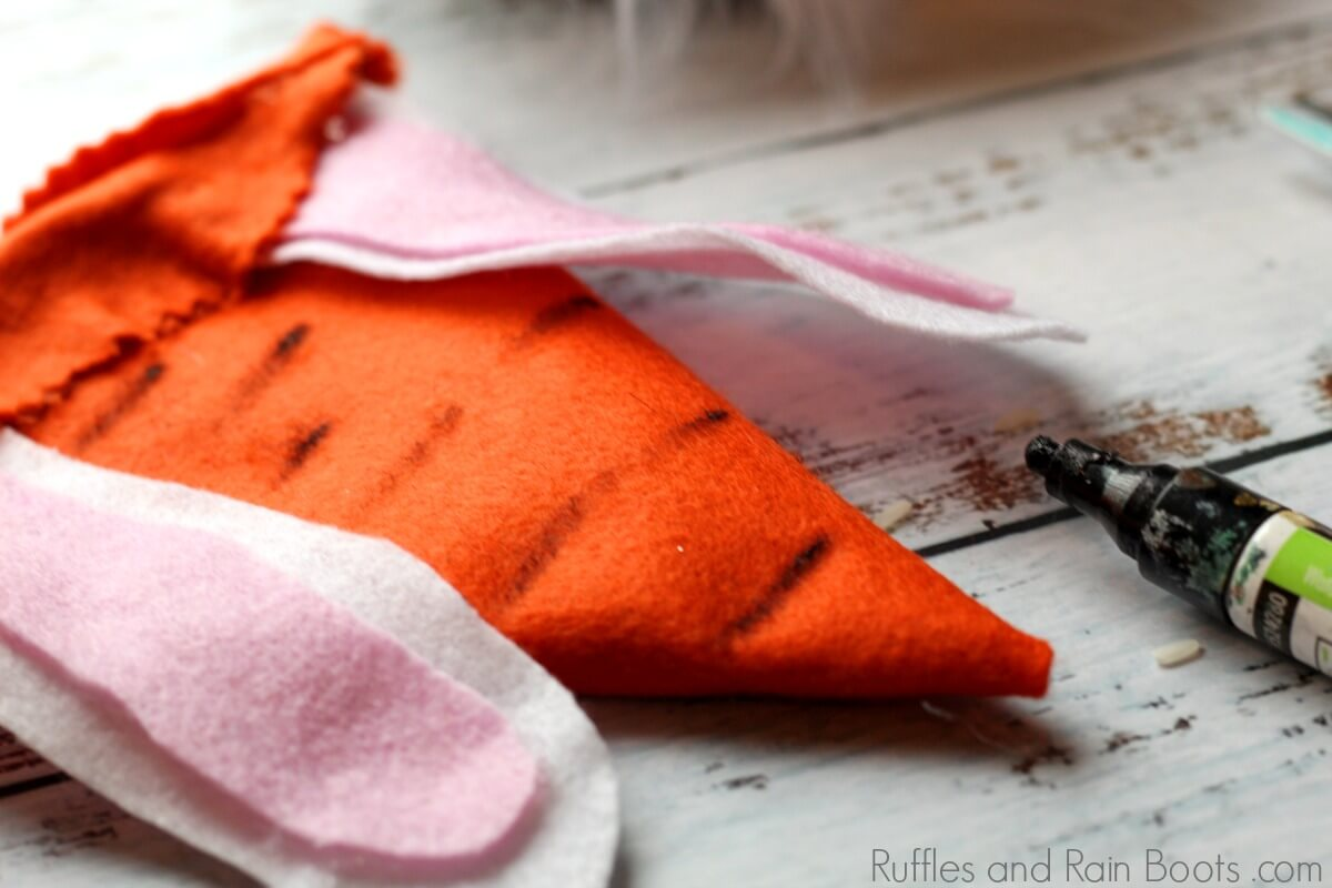 how to make a carrot gnome hat for Easter
