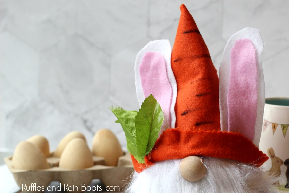 how to embellish an easter gnome