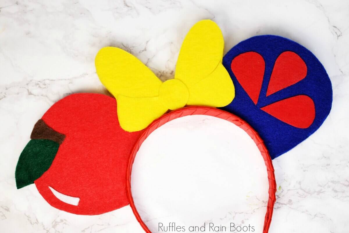 no sew Snow White ears for Disney
